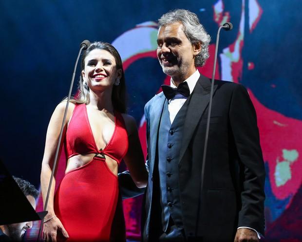 paula-fernandes-andrea-bocelli-vergonha-fiasco